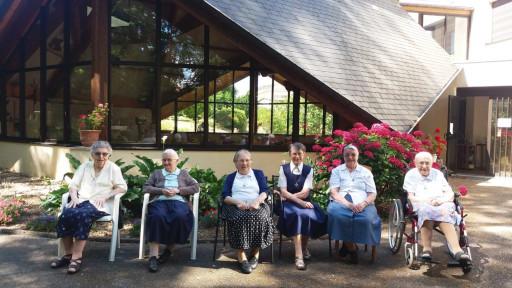 Vacances de nos sœurs aînées !
