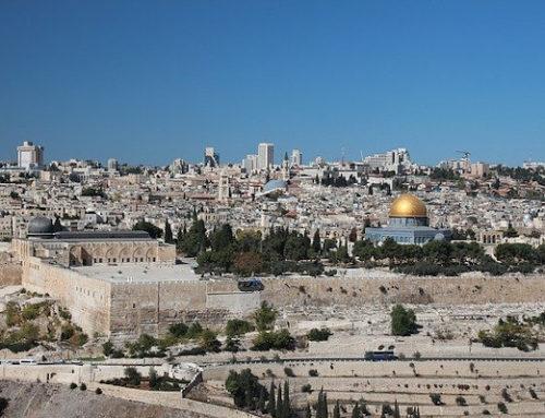 """""""Détruisez ce sanctuaire, et en trois jours je le relèverai"""" (Jean 2, 13-25)"""